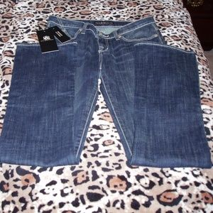 NWT Rock & Republic Jeans W/Bling Back Pockets 8